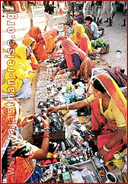Shopping-Pushkar Fair, Rajasthan